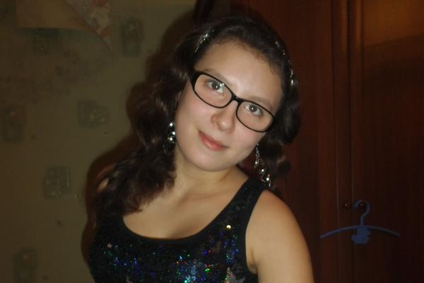 Познакомиться с 14 летней девушкой