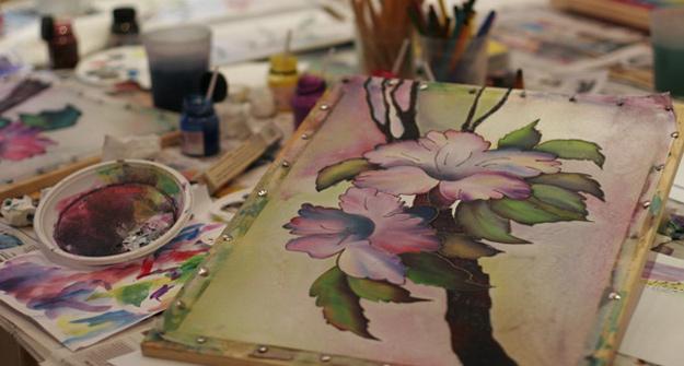 Рисованием батиком
