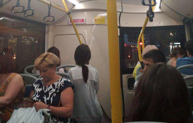 Салон электробуса напоминает обычный автобус. Фото: e-Kazan.ru