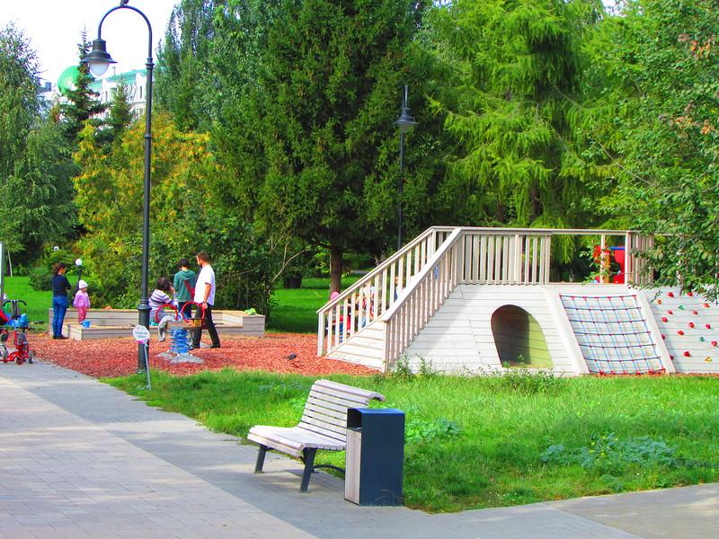 Новая детская площадка. Фото: tigra-olga.livejournal.com