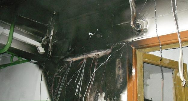 ВКазани изгорящего многоэтажного дома спасли неменее 15 человек сдетьми
