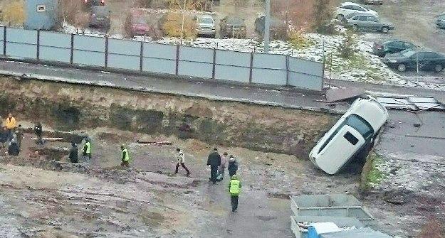 ВКазани врезультате происшествия надороге вкотлован улетел джип Инфинити