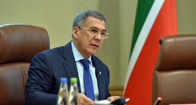 ПрезидентРТ провел совещание всвязи сотзывом лицензий убанков