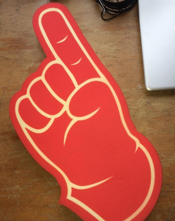 Волонтерская перчатка. Фото: avito.ru