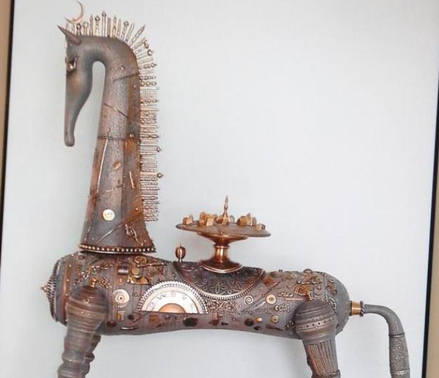 ВКазани появятся несколько идентичных скульптур «Конь-страна»