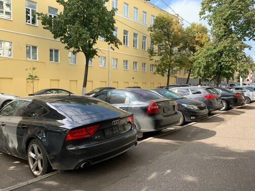 Обычный день на любой парковке. Фото: e-Kazan.ru
