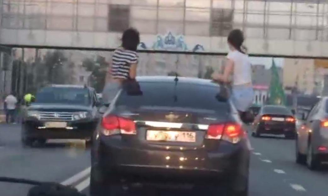 ВТатарстане водителя накажут рублём запассажиров-«каскадёров»
