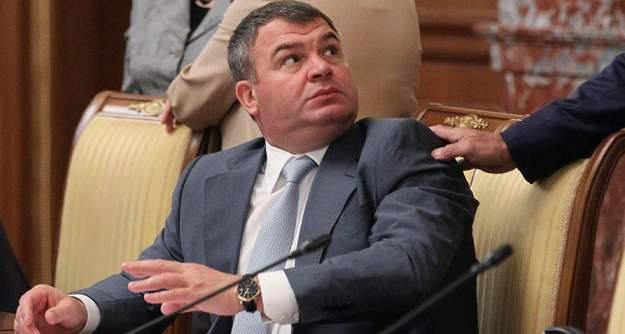 Скандально известный экс-министр обороныРФ Анатолий Сердюков стал топ-менеджером «Роствертола»