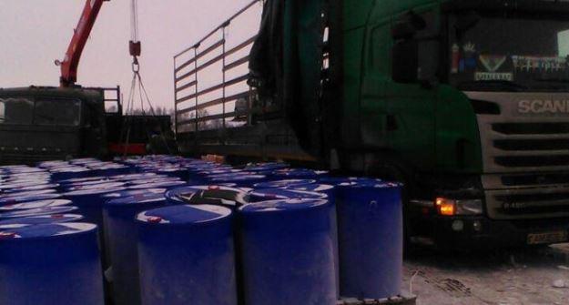 Под Елабугой перевернулся фургон с208 бочками токсичных химикатов